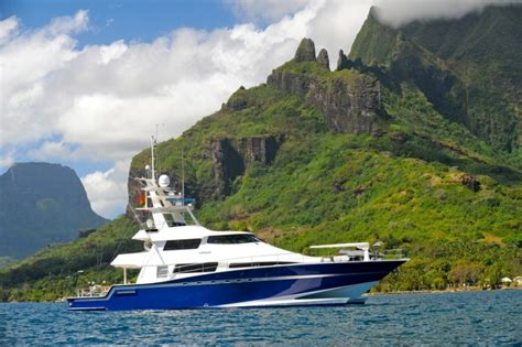 Tahiti Yacht Charter Tax Drops — Yacht Charter