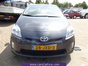 Toyota Prius Occasion : toyota prius 1 8 hsd 65067 occasion utilis en stock ~ Medecine-chirurgie-esthetiques.com Avis de Voitures