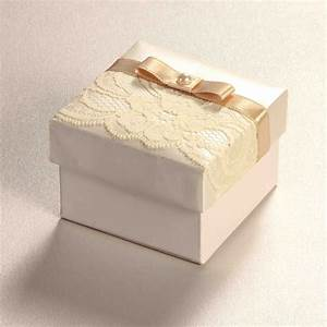 Bridal lace ii wedding invitations sri lanka for Wedding invitations cake boxes sri lanka