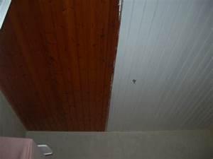 peinture lambris plafond laquer blanc renovation en With peindre du lambris bois en blanc