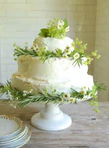 Wedding Cake Dilemma Simple Cake Decorating For A Birthday Cake Of Your Loved Ones