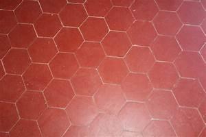 Carrelage Imitation Tomette Hexagonale : carrelage salernes en terres cuites terres cuites sismondini ~ Zukunftsfamilie.com Idées de Décoration