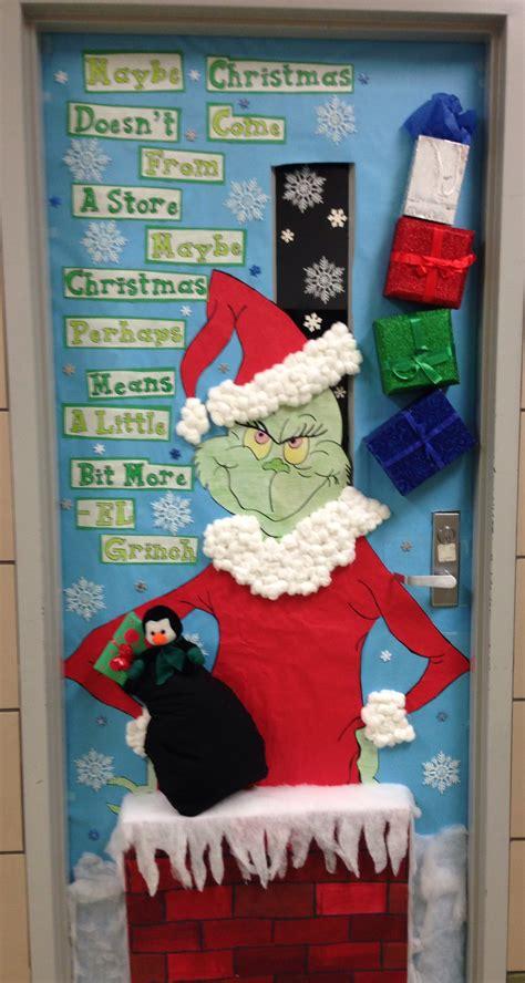 cristmas door decorating christmas doors pinterest