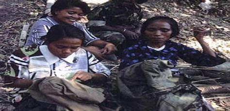 Komemora Loron Feto Maria Tapo InspiradÓra Ba Feto Timor