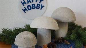 Basteln Mit Plastikbecher : pilze aus beton basteln mit joghurt plastikbecher sowie teilbarer plastikkugel youtube ~ Orissabook.com Haus und Dekorationen