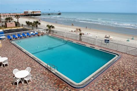 Hotels Near Deck In Daytona by 301 Moved Permanently