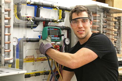 VIU's Refrigeration Mechanic Program Takes Training to the Next Level | News | VIU