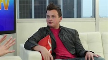 "Noah Munck Talks ""iCarly,"" Fan Experiences and More in ..."