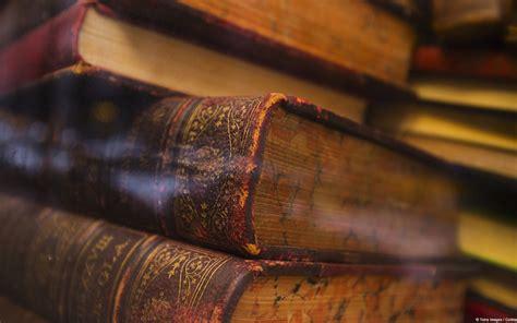 Sfondi desktop libri, wallpaper di libri e per gli amanti