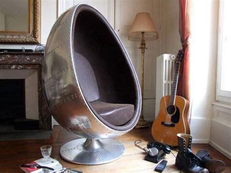 fauteuil aviateur vintage oeuf en aluminium meuble et