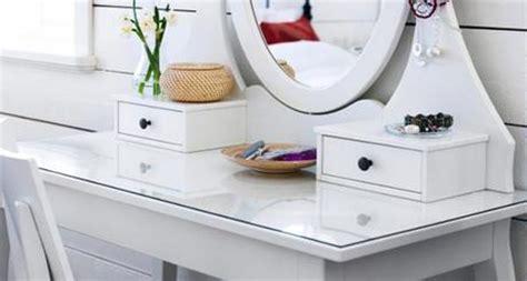 Vivianna Does Makeup Ikea Desk by Vanity Sanity Paperblog