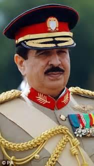 Arab prince threatened with 50,000-volt Taser gun on ...
