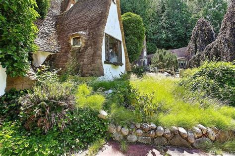 Cottage Biancaneve by Snow White S Cottage A House Built With Tale Style