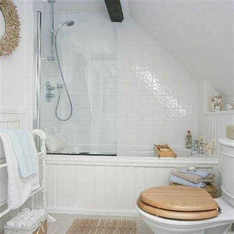 Badgestaltung Mit Dachschräge by Badgestaltung Kleines Bad Mit Dachschr 228 Ge