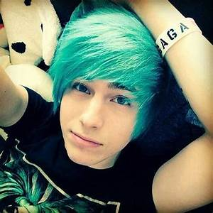 10 New Emo Hairstyles for Boys | Mens Hairstyles 2018