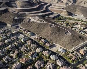 Las vegas vs the landscape photographer michael light