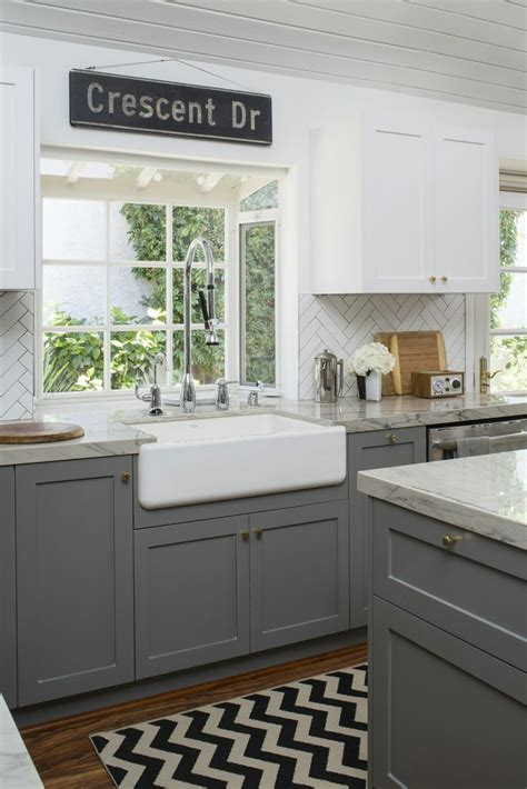 how to kitchen cabinets image result for different color cabinets top and bottom 4375