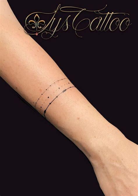tatouage bracelet femme poigneyt avant bras mettrage