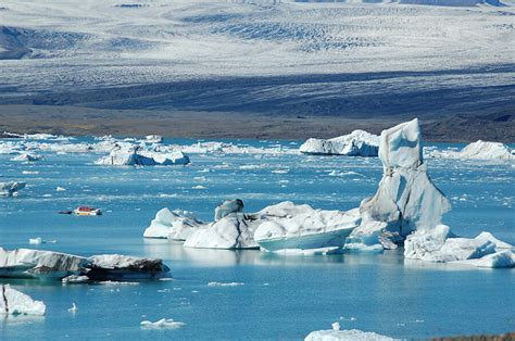 Glacier Boat Tours by J 246 Kuls 225 Rl 243 N Boat Tour Guide To Iceland