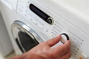 Waschmaschine Spült Weichspüler Nicht Ein : waschmaschine bleibt im programm stehen welche ursachen ~ Watch28wear.com Haus und Dekorationen