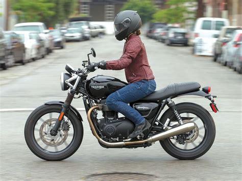 Best 25+ Women Motorcycle Ideas Only On Pinterest