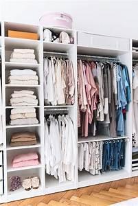 Begehbarer Kleiderschrank Design : wohnungsupdate mein offener und begehbarer kleiderschrank ~ Frokenaadalensverden.com Haus und Dekorationen
