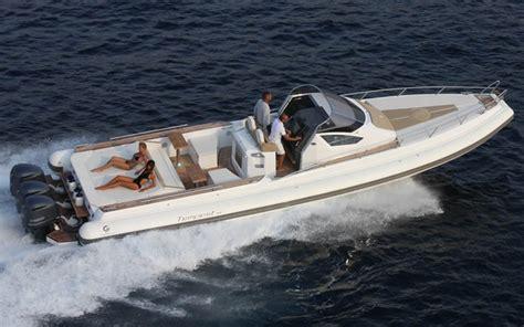 motoscafi cabinati four marine cantiere nautico andora sv capelli battelli