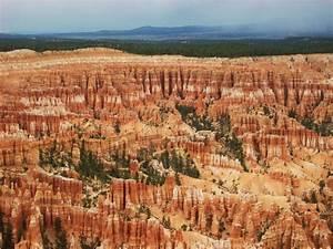 Bryce Canyon Sehenswürdigkeiten : bryce canyon mit atemberaubenden gesteinsformationen hoodoos sehensw rdigkeiten usa ~ Buech-reservation.com Haus und Dekorationen