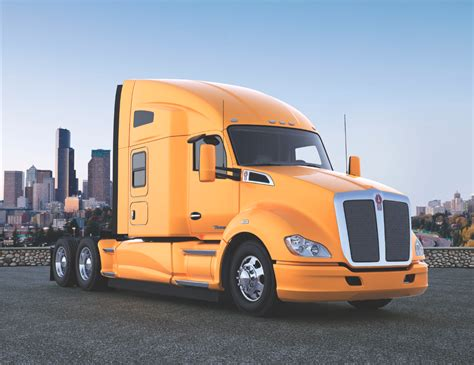 Kenworth Adds Virtual Driver Coach Option To T680 T880