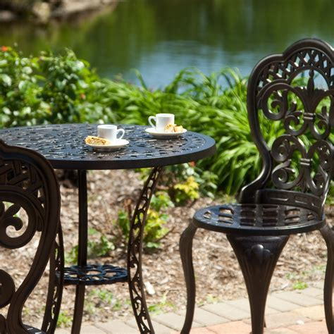 Vintage Wrought Iron Patio Furniture   Home Decorating Ideas