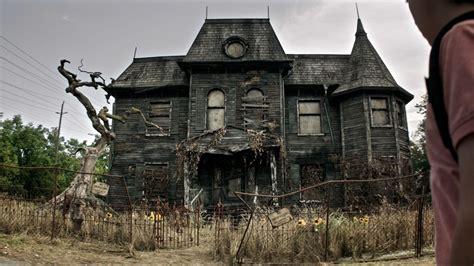 scariest freakiest haunted houses  movies  tv