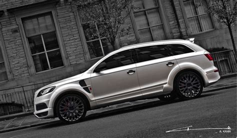 A Kahn Design Adds Bespoke Touch To The Audi Q7