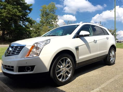 2014 Cadillac Srx Overview