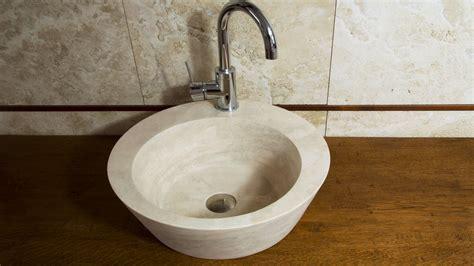 Lavabi Bagno Travertino Pietre Di Rapolano Lavabo Da Bagno In Travertino Quot Fonte Quot Pietre Di Rapolano
