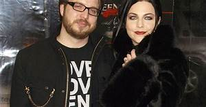 Evanescence Singer Amy Lee Gives Birth to Baby Boy: Find ...