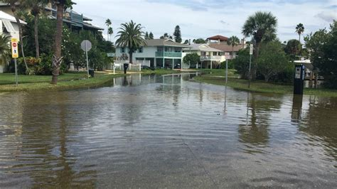 michael high tide leads flooding st pete beach