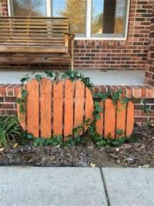 Wood Pallet Halloween Yard Decorations