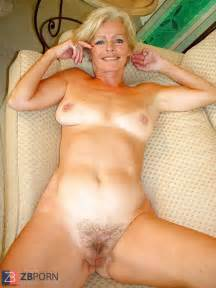 justine a mature platinum blonde disrobing in the living apartment zb porn