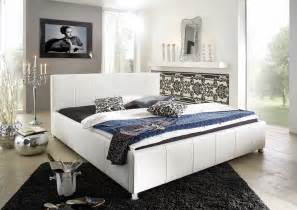 Bett 180 X 200 : sam design bett 180 x 200 cm wei kira g nstig ~ Eleganceandgraceweddings.com Haus und Dekorationen