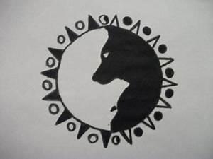 Yin Yang Wolves Tattoos Pinterest Wolves Good And Evil And Yin Yang