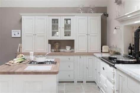 cuisine blanche en bois cuisine blanche 13 photos de cuisinistes côté maison