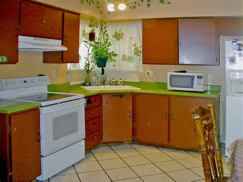 What To Do With Ugly Countertops  Decorating Ideas And. Mavericks Southern Kitchen. 33 Inch Kitchen Sink. Quartz Countertops Kitchen. Soup Kitchen Volunteer Los Angeles. Kitchen Improvement Ideas. Paint And Glaze Kitchen Cabinets. Painted Kitchen Cabinet Doors. Farmhouse Apron Kitchen Sinks