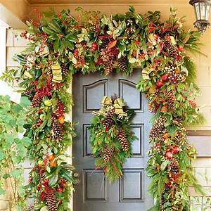 Christmas, Home, Decorating, Ideas, With, Garlands, And, Swags