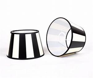 Lampenschirm Schwarz Weiß Gestreift : gestreifter lampenschirm rund farbe schwarz wei 30 cm ~ Bigdaddyawards.com Haus und Dekorationen