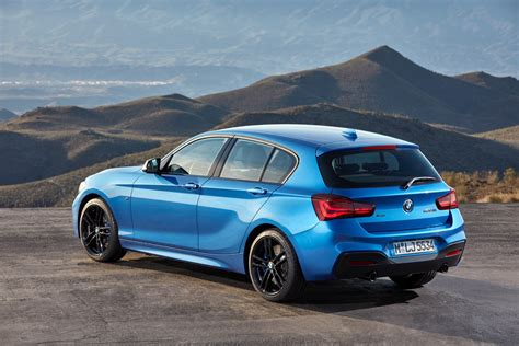 world premiere bmw  series facelift   editions