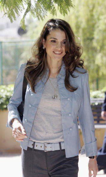 Wanita Dewasa Yang Disukai Pria Gallery Cantik Dan Anggun Ratu Rania Fashionable