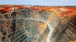 Top 10 Largest Gold Mines In the World || Pastimers - YouTube