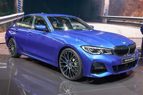 2019 bmw 3 series revealed in paris with updated tech