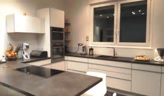 cuisine taupe mat emejing cuisines modernes blanches et taupe images