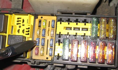 98 Jeep Fuse Box Location by Jeep Xj 1984 To 2001 Why Is Blower Motor Not